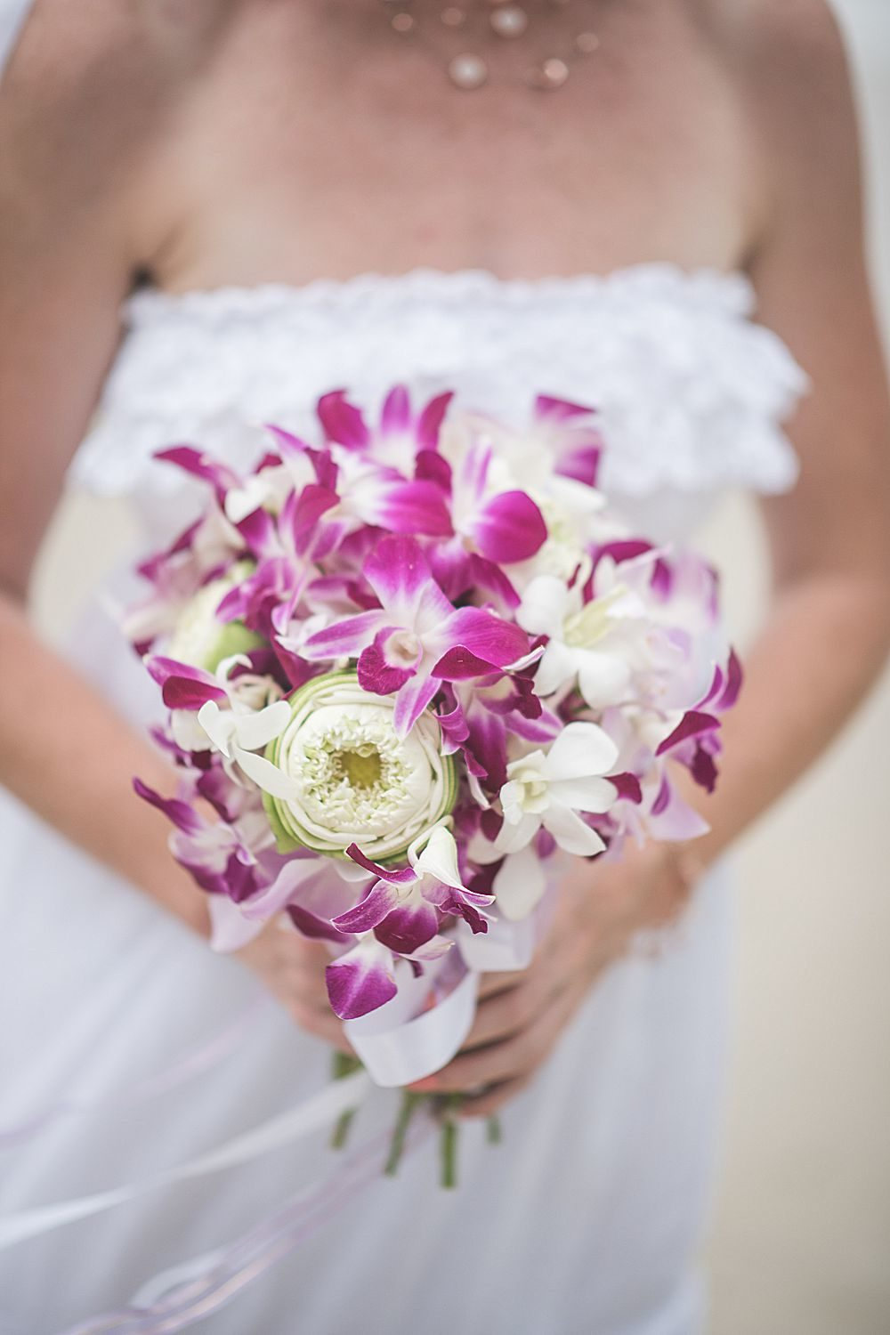 Sebastian & Hannah's tropical Phuket wedding